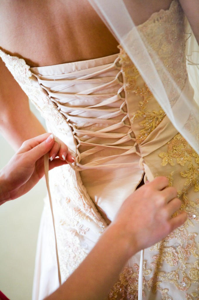 Lacing the dress