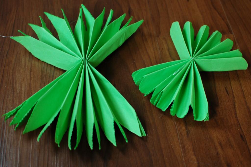 Fanning tissue paper