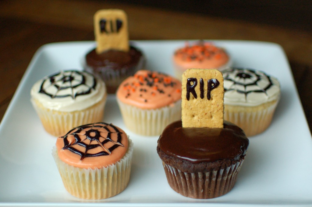 Life of a tween halloween recipie easy halloween cupcakes Halloween cupcakes