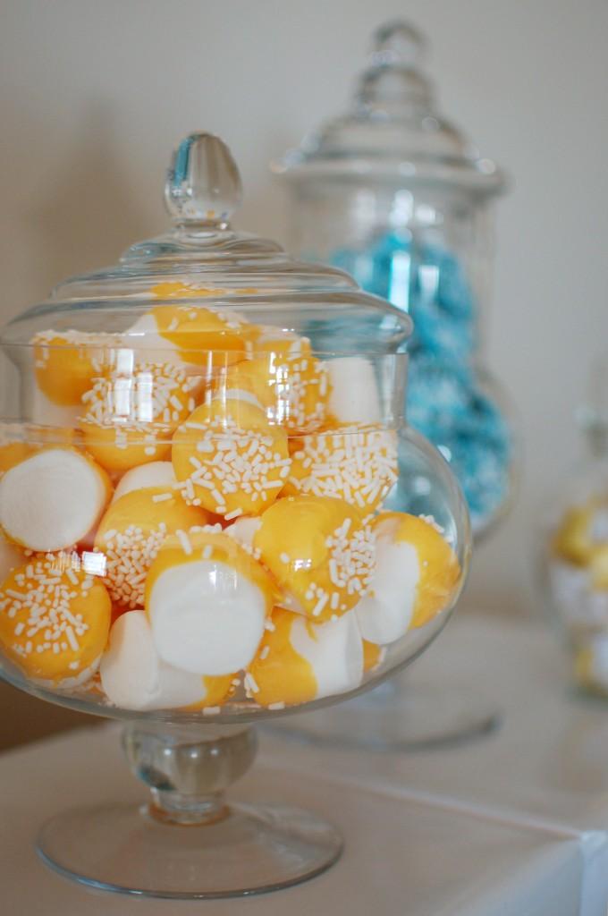 Jar of dipped marshmallows