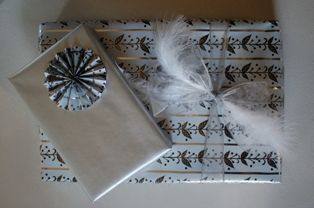 Rosette and feather wrapping