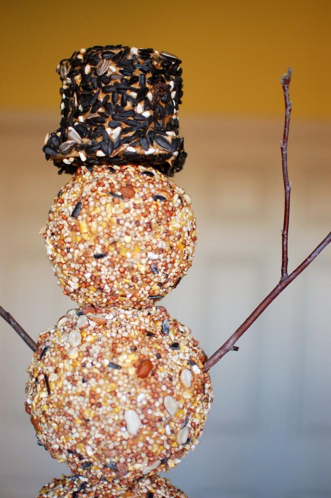 Bird seed snowman