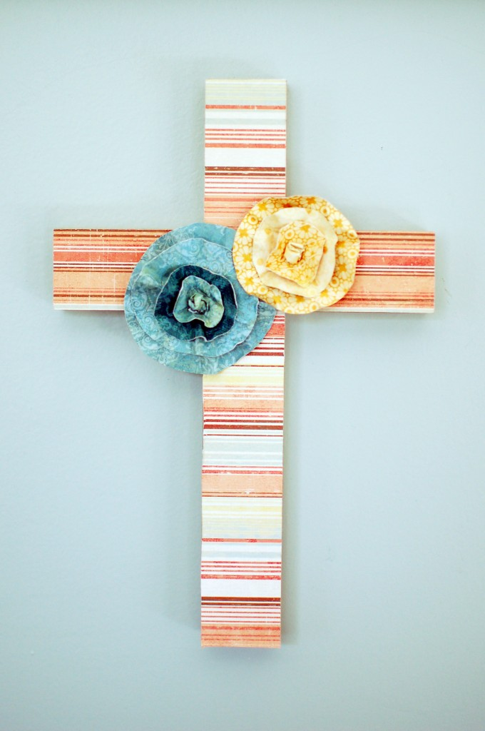 Decorated wall cross