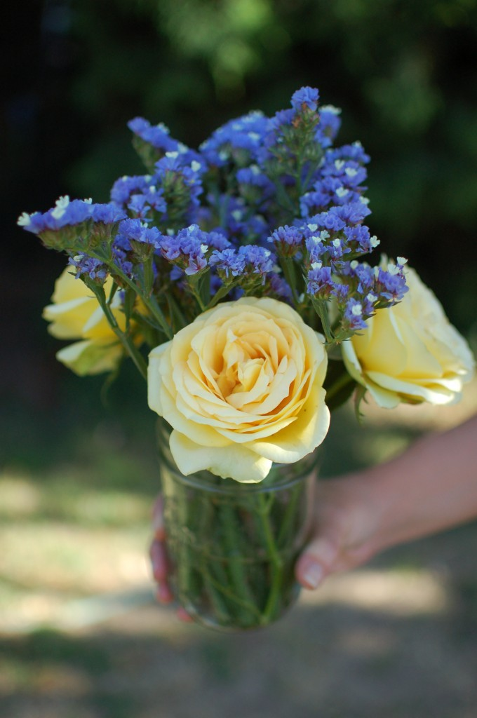 periwinkle statice and yellow rose arrangement | seakettle