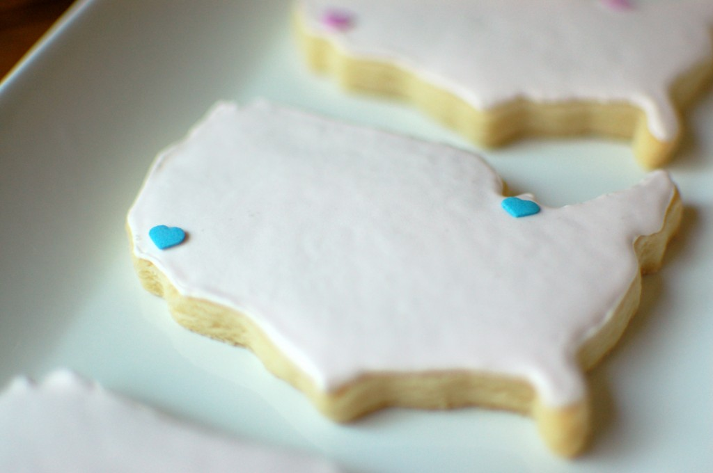 Map sugar cookies with hearts | seakettle