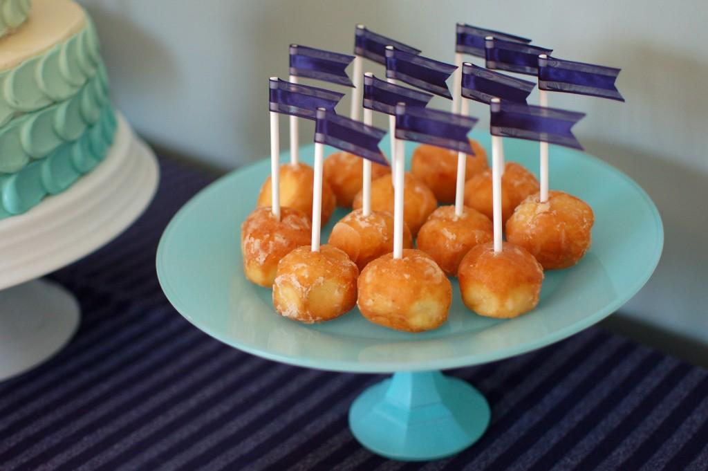 DIY Dessert Stand
