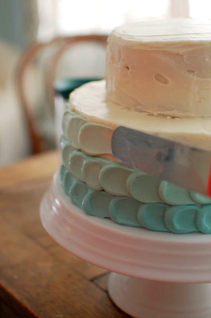 Frosting an ombre petal cake